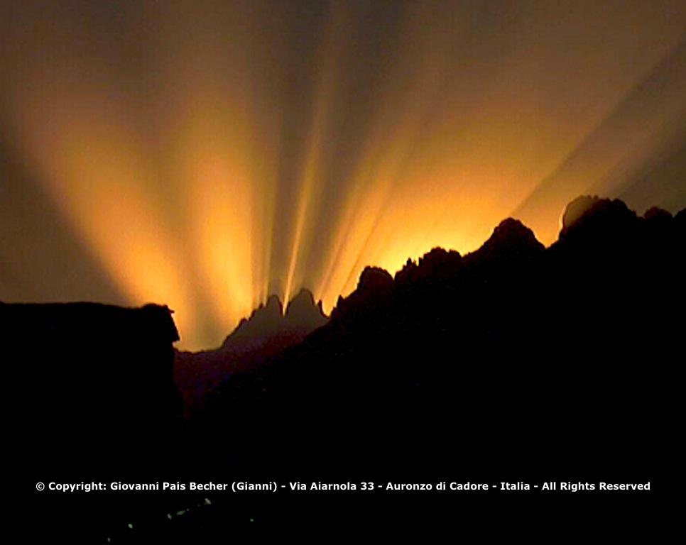Tramono sulle Tre Cime di Lavaredo Foto di Giovanni Pais Becher